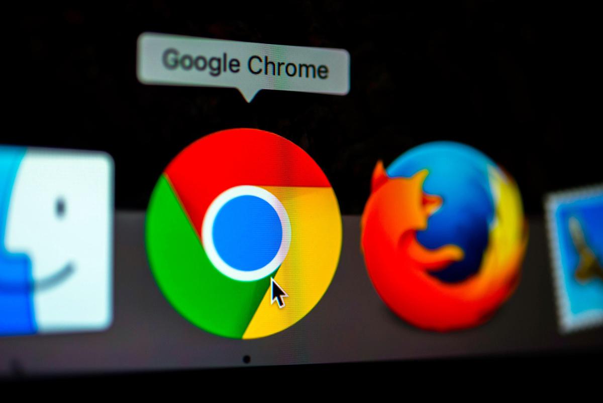 گوگل کروم علیه حمله مرد میانی